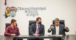 Prefeitura de Porto Alegre encaminha projeto para compra de vacinas contra o coronavírus via consórcio de municípios